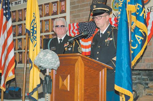 Oak Level honors veterans