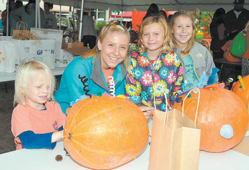 Rainy weather didn't dampen spirits at Spring Hope's Pumpkin Festival
